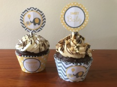 'Little Peanut' baby shower cupcakes
